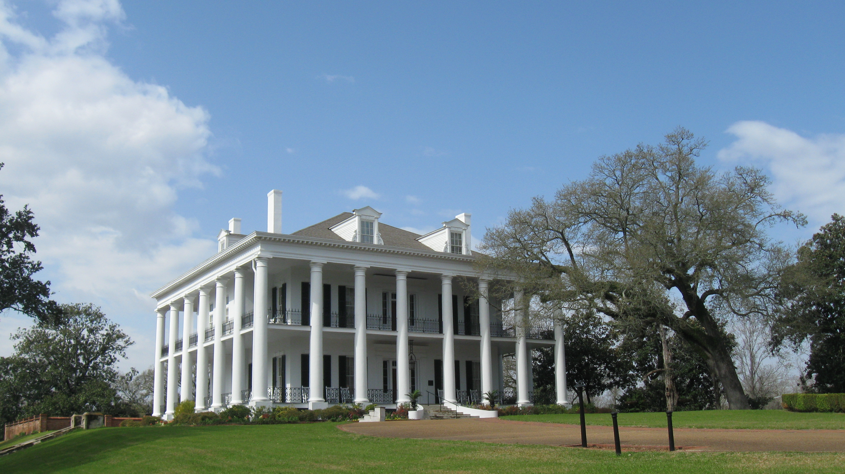Image gallery dunleith natchez for Catalogue plantation